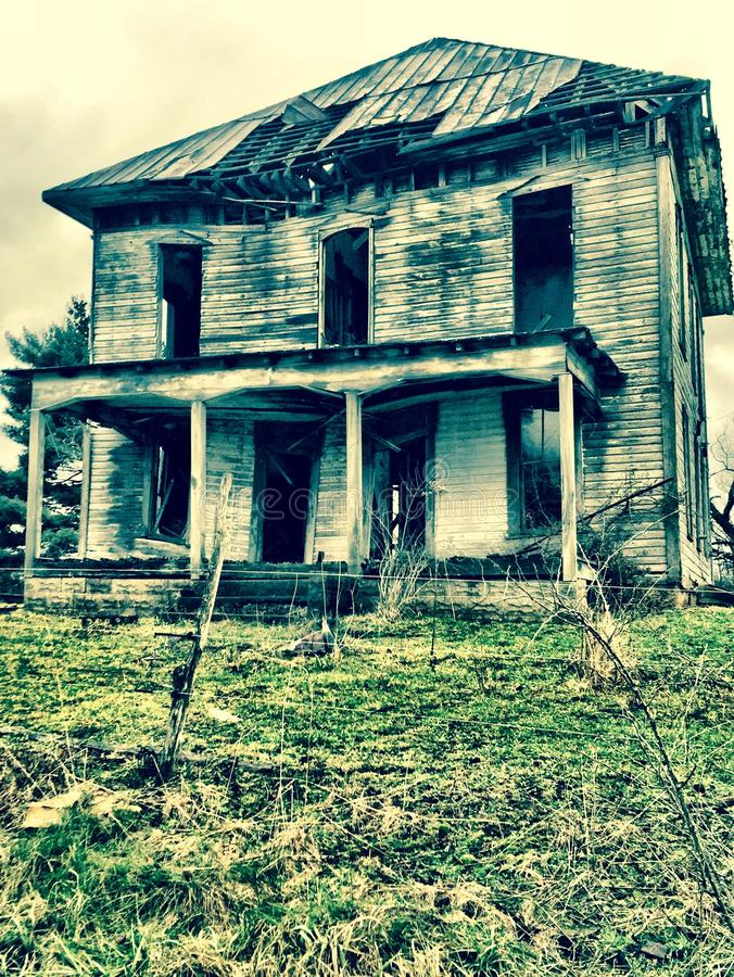 La maison abandonnée photos libres de droits