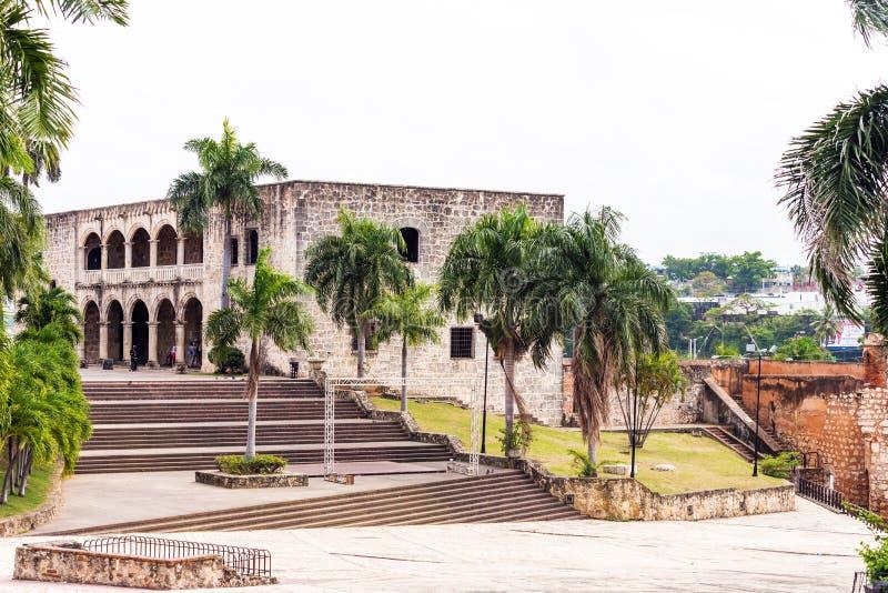 La maison de Columbus, le premier bâtiment en pierre construit en Santo Domingo, République Dominicaine  Copiez l'espace pour le  photographie stock libre de droits