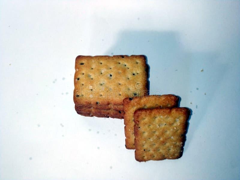 La maison a fait des biscuits d'isolement sur un fond blanc image libre de droits