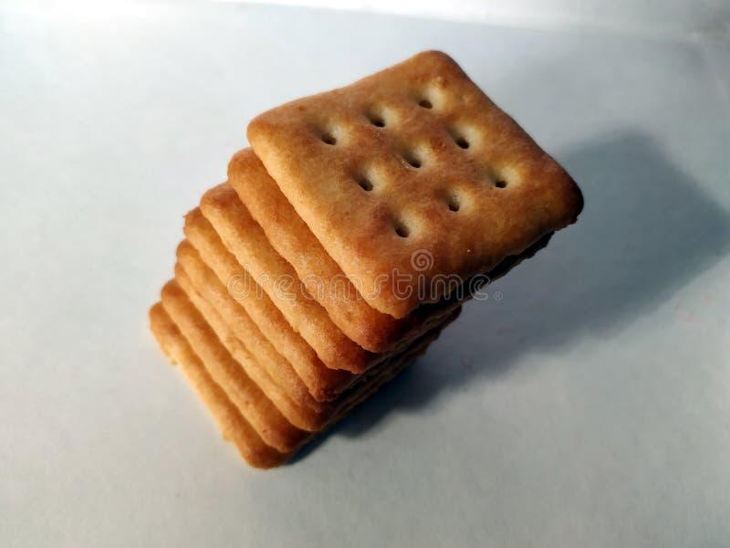 La maison a fait des biscuits d'isolement sur un fond blanc images stock
