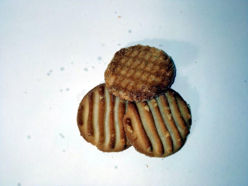 La maison a fait des biscuits d'isolement sur un fond blanc image stock