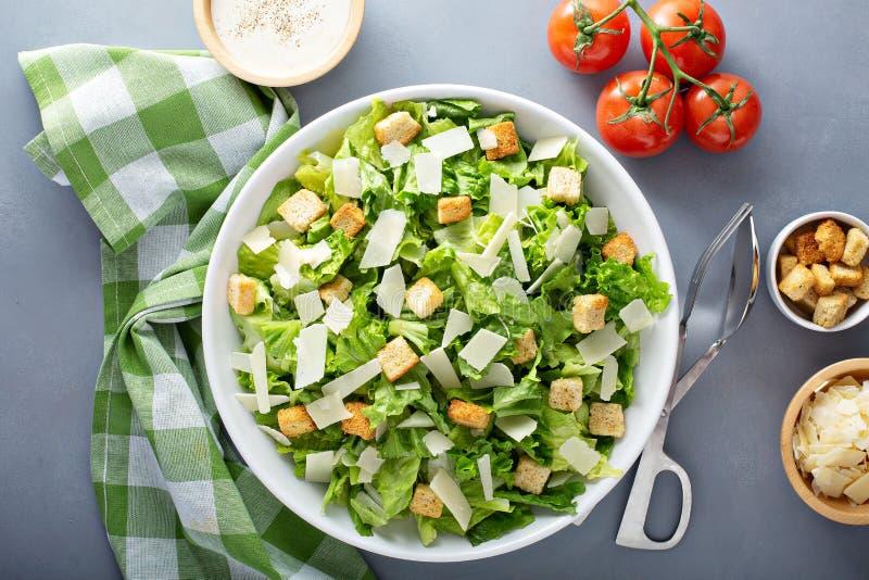 La maison a fait la salade de César photo stock