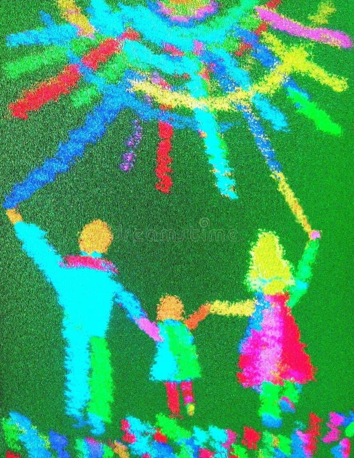 La mamá y el papá con un niño corren a través de la hierba al sol imagen foto de archivo libre de regalías