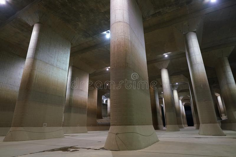 La Manche de décharge souterraine externe de zone métropolitaine image stock