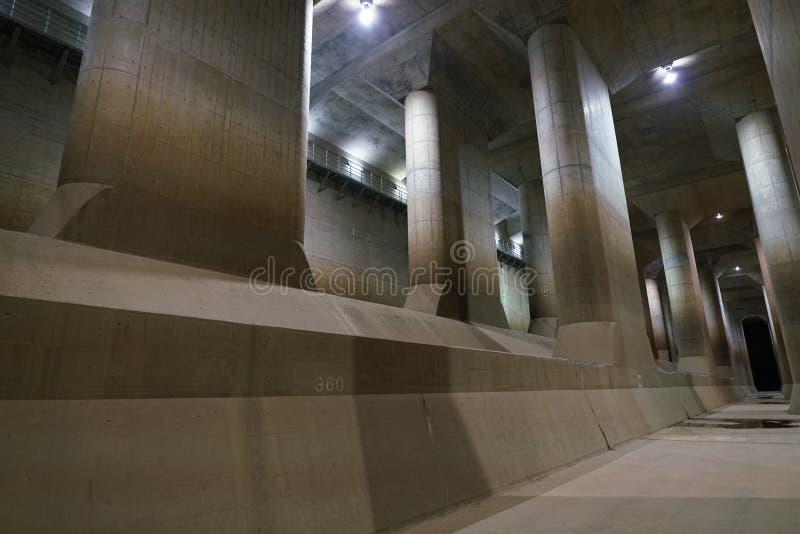 La Manche de décharge souterraine externe de zone métropolitaine photographie stock libre de droits