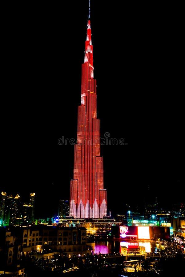 Burj Khalifa Alla Notte, Durante Lo Spettacolo Di Luci, Il ...