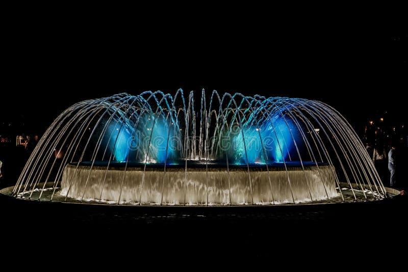 La manifestazione magica dell'acqua a Lima, Perù immagini stock libere da diritti