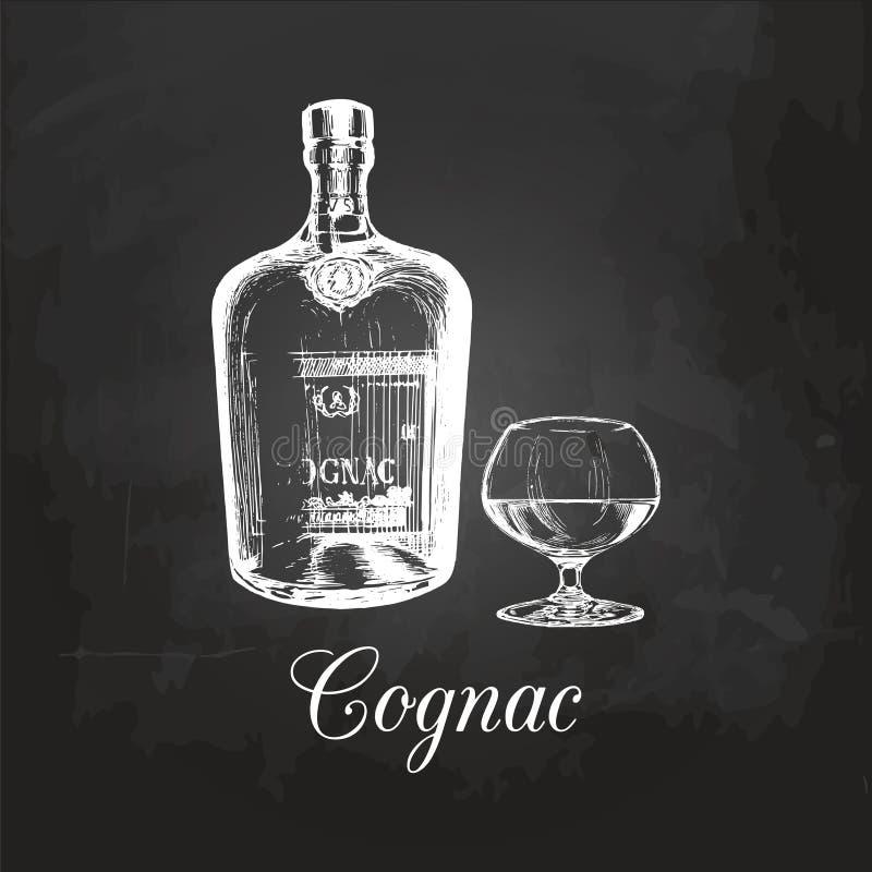La mano bosquejó la botella y el vidrio del coñac Ejemplo del vector del sistema del brandy en una pizarra Menú de la bebida alco ilustración del vector
