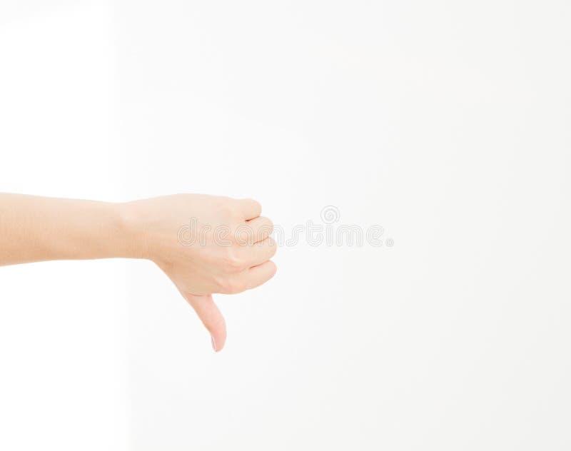La mano de la mano de la demostración de la mujer es gesto desemejante aislada en el fondo blanco foto de archivo