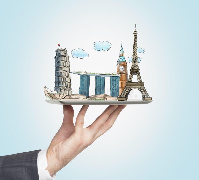 La mano de un hombre sostiene una tableta con bosquejos de los lugares más famosos de Italia, de Gran Bretaña, de Francia y de Si libre illustration