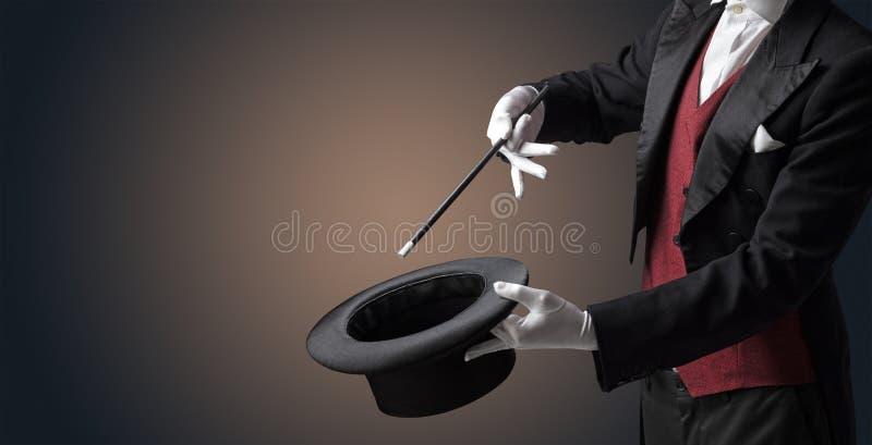La mano del ilusionista quisiera que s conjurara algo fotos de archivo