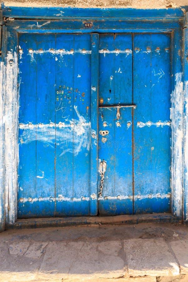 Download La Mano Hizo La Puerta A Mano De Madera En Zanzíbar Foto de archivo - Imagen de umbral, fine: 44853146
