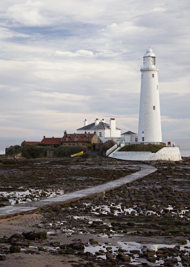 La marea está hacia fuera en la isla del St Marys foto de archivo