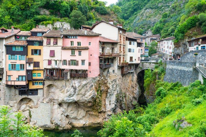 La mayoría del pueblo hermoso en Provence imágenes de archivo libres de regalías