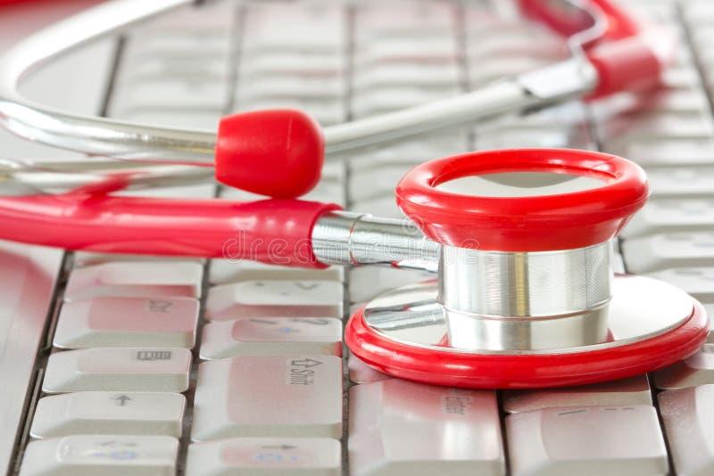 La medicina en línea y ÉL utilizan imágenes de archivo libres de regalías