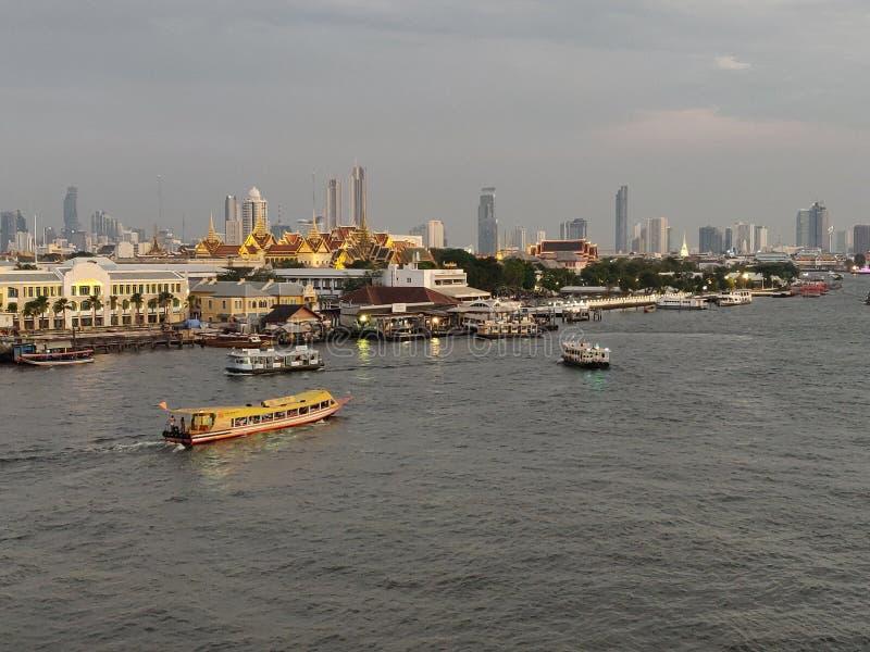 La mejor opinión del paisaje del río Chao Phraya foto de archivo