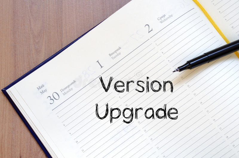 La mejora de la versión escribe en el cuaderno imagen de archivo