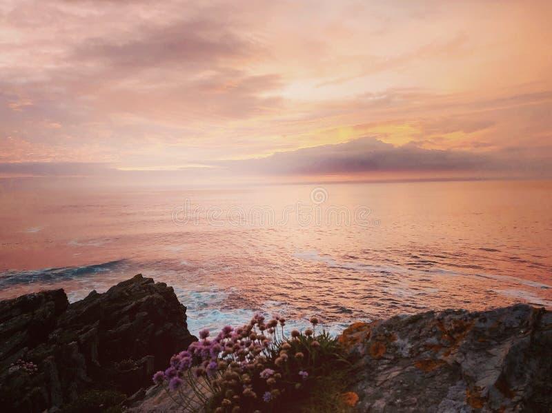 La Mer Rouge et Newquay image stock