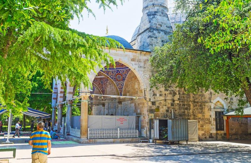 Download La Mezquita De Muratpasa En Antalya Foto de archivo editorial - Imagen de manta, asia: 100530613