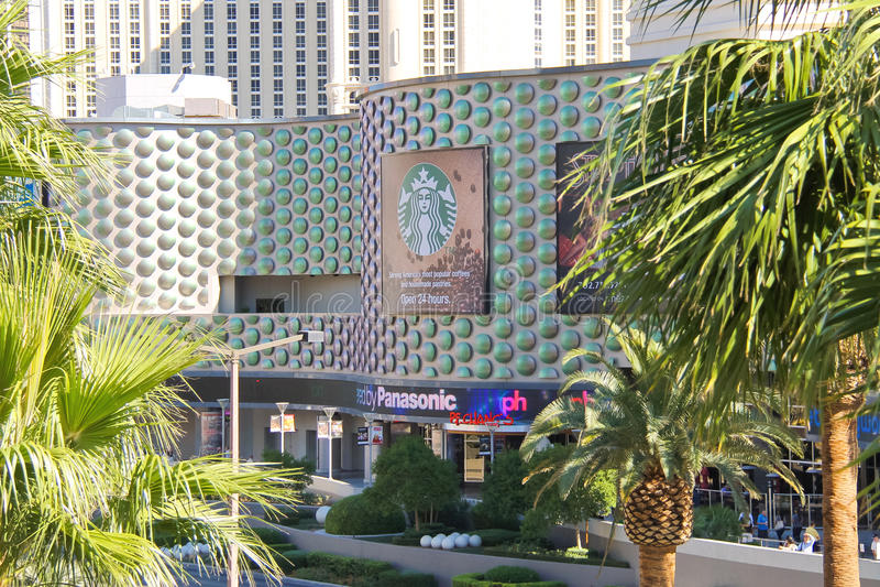 La milla del milagro hace compras en el centro turístico y el casino de Hollywood del planeta en Las foto de archivo