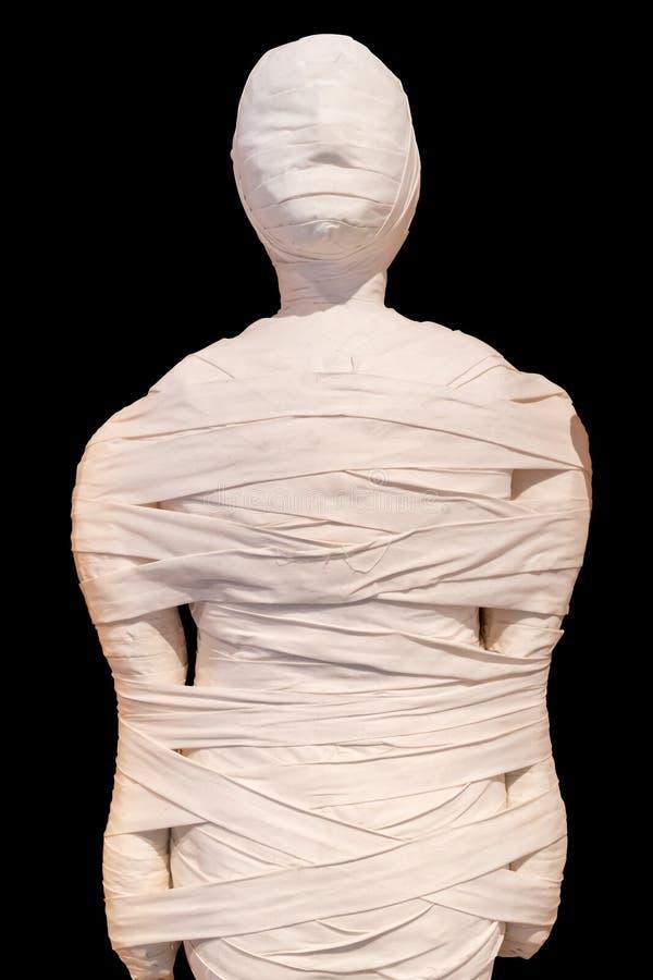La momia egipcia cerró los detalles aislados en negro imagen de archivo