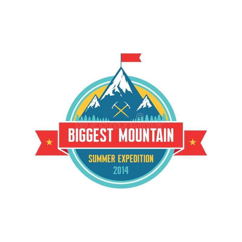 La montaña más grande - expedición 2014 del verano - Vector la insignia libre illustration