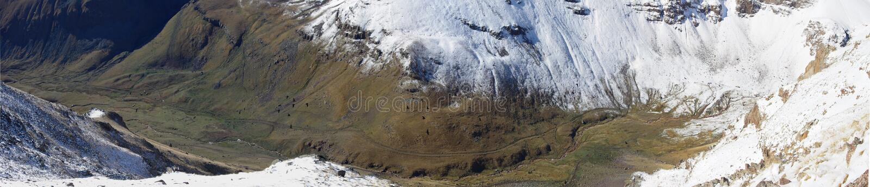 La montagna Aragats Armenia si appanna il cielo fotografia stock libera da diritti