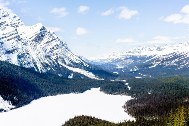 La montagna trascura 3 fotografie stock libere da diritti