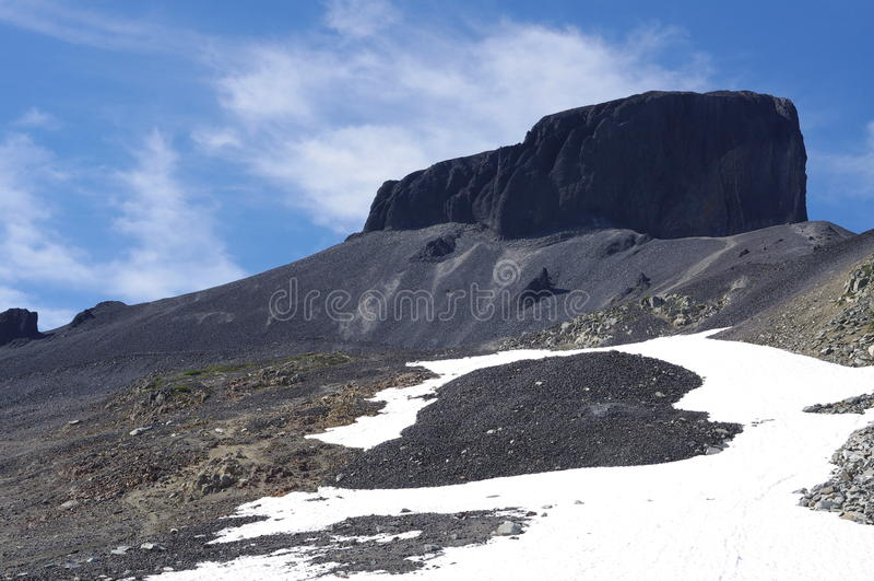 La montagna vulcanica della zanna nera fotografia stock libera da diritti