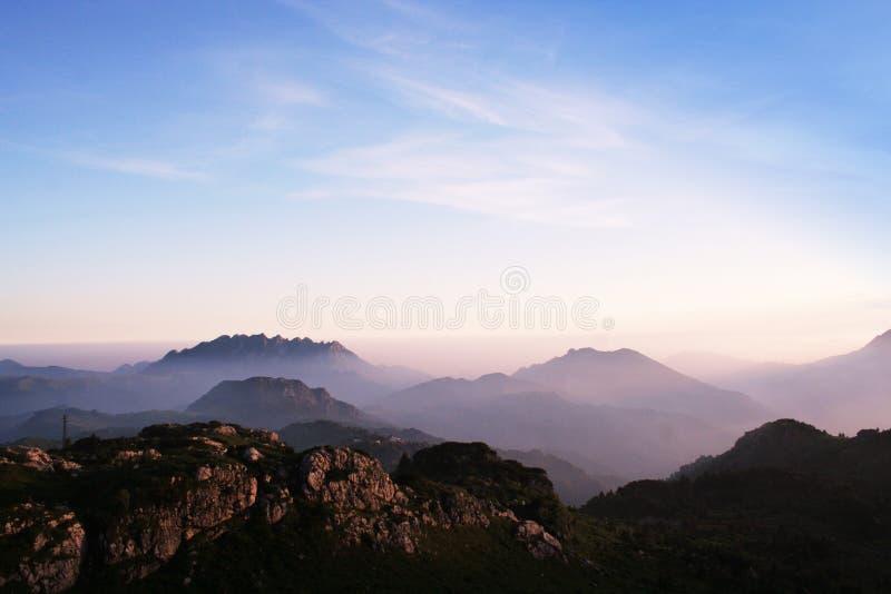 La montagne de l'Italien photo stock