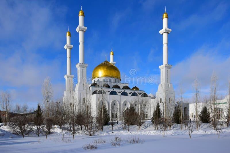 La mosquée de NUR ASTANA à Astana/Kazakhstan image stock