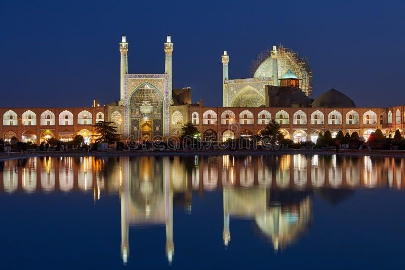 La mosquée et le Naqshe Jahan de Shah ajustent au crépuscule, Iran, Isphahan images libres de droits