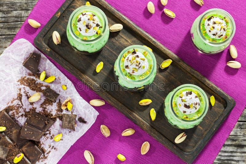 La mousse de gâteau au fromage d'écrou a refroidi Desser, vue supérieure photo stock