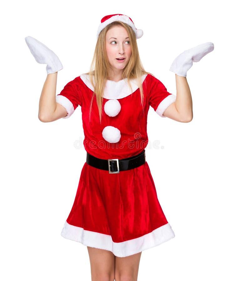 La muchacha de la Navidad encoge su hombro con la sensación insegura fotos de archivo libres de regalías