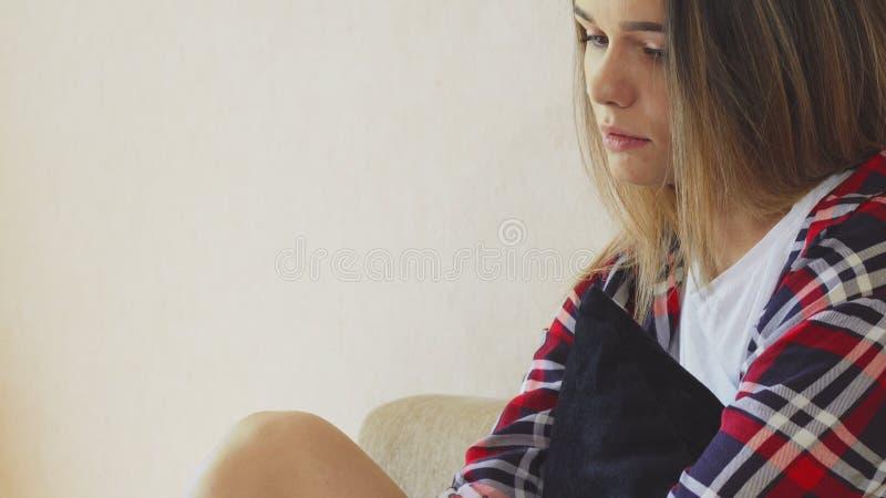 La muchacha está triste fotos de archivo libres de regalías