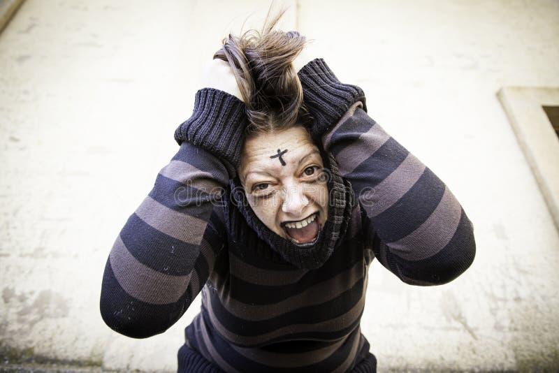 La muchacha grita esquizofrenia imágenes de archivo libres de regalías