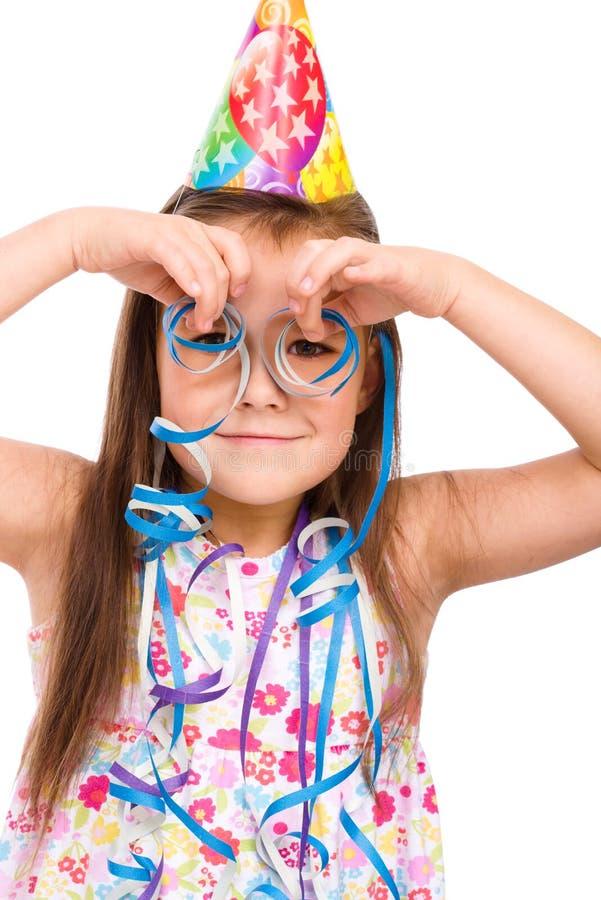 La muchacha linda celebra su cumpleaños imagen de archivo libre de regalías