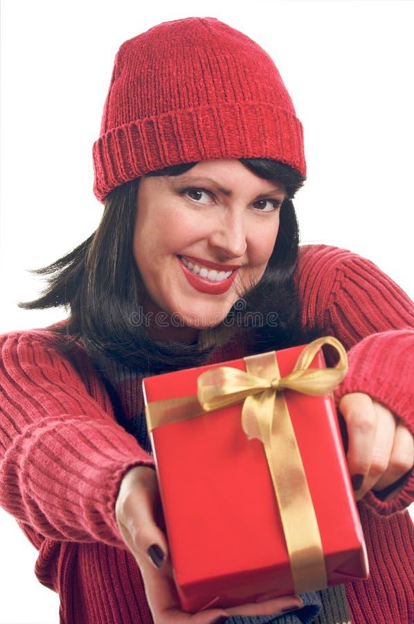 Download La Mujer Atractiva Sostiene El Regalo Imagen de archivo - Imagen de compra, brunette: 7281407