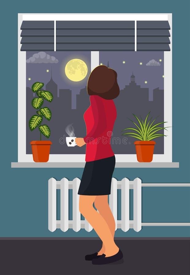 La mujer con una taza de café hace una pausa la ventana Plantas del sitio en potes en el alféizar Persianas en la ventana, la lun ilustración del vector