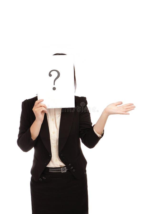 La mujer de negocios (asiática) tiene una pregunta foto de archivo libre de regalías