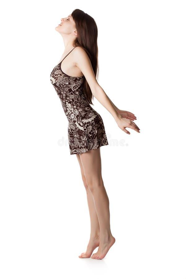 Download La Mujer Joven Est? Mirando Para Arriba Foto de archivo - Imagen de expressing, aislado: 41920840