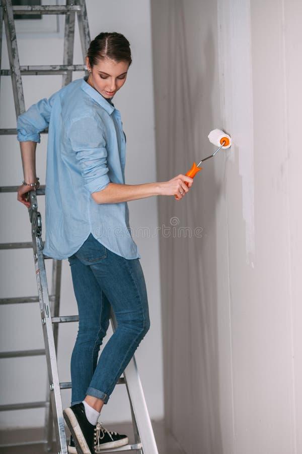 Pintar paredes blancas awesome muebles cerezo que color en paredes with pintar paredes blancas - Pintar paredes blancas ...
