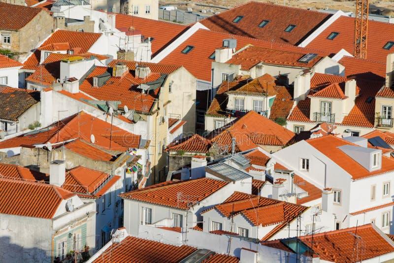 La naranja cubre la opinión de la ciudad de Lisboa, Portugal imágenes de archivo libres de regalías