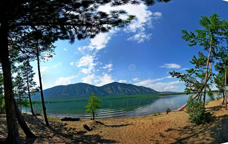 La natura del lago Baikal e della regione di Baikal fotografia stock libera da diritti
