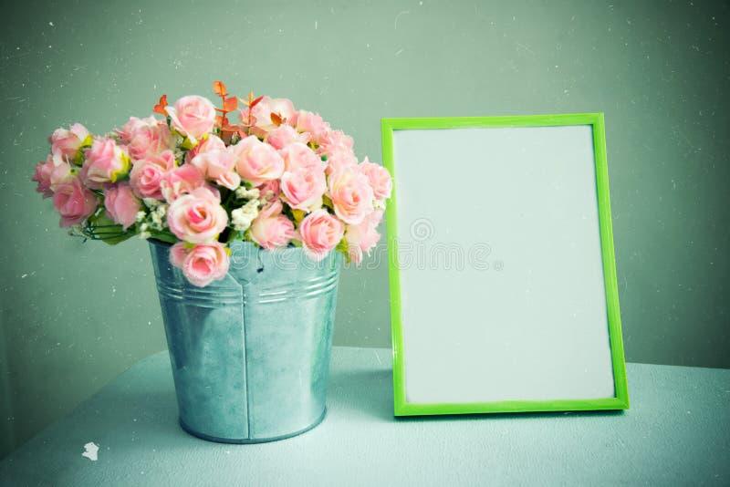 La natura morta del telaio vuoto della foto con è aumentato Tono d'annata filtrato immagine stock libera da diritti