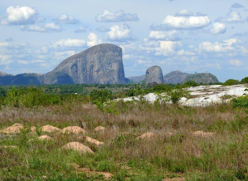 La naturaleza fantástica de Mozambique. Montañas. África, Mozambiqu fotografía de archivo