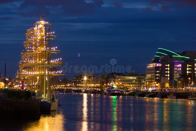 La nave alta di Dublino corre 2012 fotografia stock