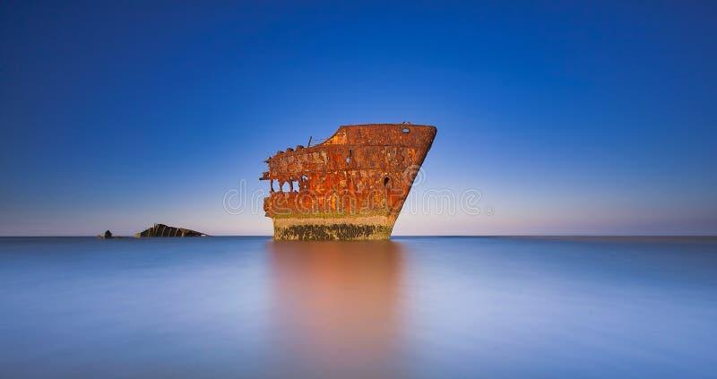La nave distrutta, la nave di Baltray, fotografie stock