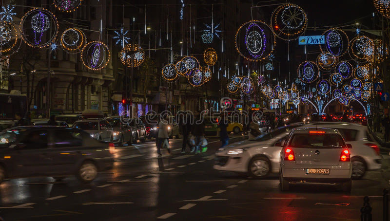 La Navidad de Bucarest que enciende 2016 foto de archivo