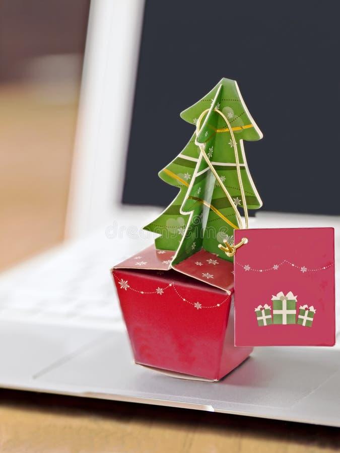 La Navidad en oficina imágenes de archivo libres de regalías